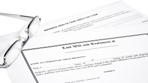 Medical Directive Last Will and Reading Glasses